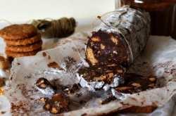 Κορμός σοκολάτας ή μωσαϊκό; Μια συνταγή για το πιο κλασικό γλυκό!