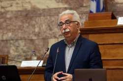 Γαβρογλου: Δεν πρέπει να υπάρχουν διακρίσεις και ανταγωνισμοί με φόντο τη σημαία