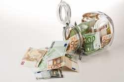 Πικρή αλήθεια: Οι παλαιότερες γενιές δανείσθηκαν τις αποταμιεύσεις των ξένων αλλά και τις μελλοντικές αποταμιεύσεις των παιδιών τους