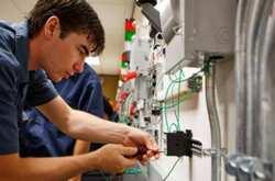 Τι ισχύει για τις επιχειρήσεις που «προσλαμβάνουν» μαθητή σε θέση μαθητείας – εργασίας