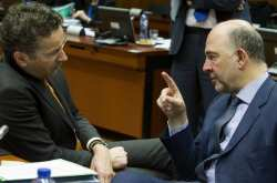 Συνεχείς διμερείς και πολυμερείς επαφές στο περιθώριο του Eurogroup για την Ελλάδα