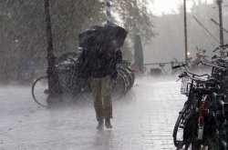 Καιρός 22/04: Ο χειμώνας «επέστρεψε» με βροχές, καταιγίδες και χαλάζι!
