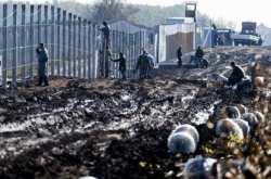 """Νέο """"έξυπνο"""" φράχτη σήκωσε η Ουγγαρία"""