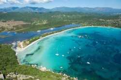 Πέντε ελληνικές παραλίες στις ομορφότερες της Ευρώπης