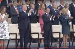 Live η στρατιωτική παρέλαση στο Παρίσι με την ευκαιρία της εθνικής γιορτής της 14ης Ιουλίου