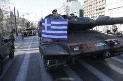 Παρακολουθείστε live την μεγάλη στρατιωτική παρέλαση της Αθήνας παρουσία του Προέδρου της Δημοκρατίας