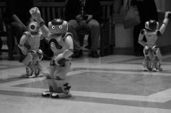 Τα ρομπότ βγήκαν στους δρόμους: Τώρα και ρομπότ αστυνομικός! (ΦΩΤΟ)