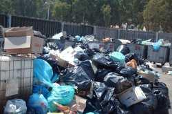 Παραμένουν τα σκουπίδια στους δρόμους μέχρι νεοτέρας... - Ακαρπη η συνάντηση Σκουρλέτη - ΠΟΕ - ΟΤΑ