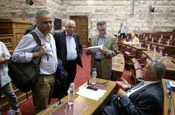 Σκληρή κόντρα Σκουρλέτη - Βορίδη στη Βουλή με αφορμή το νομοσχέδιο για ΟΤΑ
