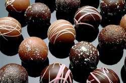 Κάποτε έτσι έφτιαχναν τα σοκολατάκια