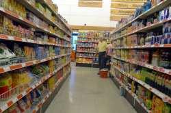 """""""Κυνήγι"""" προσφορών και εκπτώσεων στα σουπερμάρκετ λόγω κρίσης"""