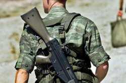 Την «ωφέλιμη θητεία» για τους στρατευμένους προωθεί η κυβέρνηση