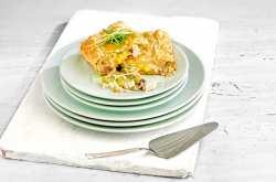 Η συνταγή της ημέρας είναι... συγκλονιστική κοτόπιτα!