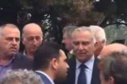 Βουλευτής του ΣΥΡΙΖΑ σε πολίτη: «Εμένα δεν θα μου μιλάς έτσι» (ΒΙΝΤΕΟ)