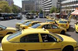 Συνεχείς προειδοποιήσεις στους οδηγούς ταξί από τις ραδιοσυχνότητες για τον μανιακό δολοφόνο
