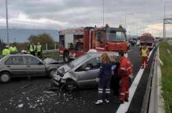 Τριάντα επτά άτομα έχασαν τη ζωή τους σε τροχαία το Πάσχα