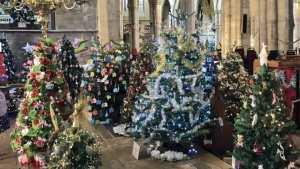 Χριστούγεννα 2016: Φεστιβάλ χριστουγεννιάτικων δέντρων με 1300 συμμετοχές