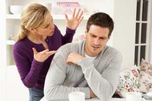 Έρευνα: Οι άνδρες μεταφέρουν περισσότερες πληροφορίες από τις γυναίκες όταν μιλάνε αλλά δεν λένε κάτι διαφορετικό