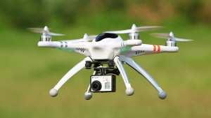 Η Amazon θα στέλνει τα προιόντα με Drones