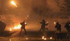 Οι αξιωματικοί της ΕΛ.ΑΣ. εκτιμούν ότι θα χρησιμοποιούνταν κατά τη διάρκεια επεισοδίων μετά τις πορείες μνήμης για την δολοφονία του Αλεξάνδρου Γρηγορόπουλου