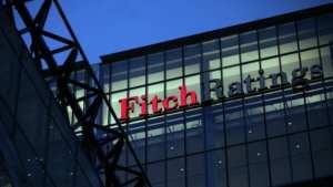 Fitch: Αναβάθμισε καλυμμένα ομόλογα τριών ελληνικών τραπεζών