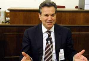 Σε αντικυβερνητική προπαγάνδα ότι υπάρχουν συνταξιούχοι κάτω των 500 ευρώ ρίχνει τις ευθύνες ο υφυπουργός Κοινωνικής Ασφάλισης