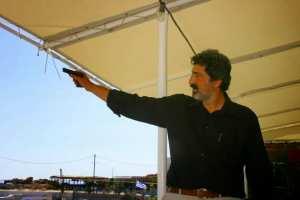 Ο... ποιητής υπουργός Π. Πολάκης επιτίθεται στους δικαστές