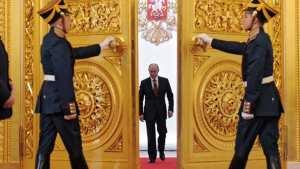 Το 66% των Ρώσων θα ήθελε το 2018 να εκλεγεί και πάλι πρόεδρος ο Πούτιν