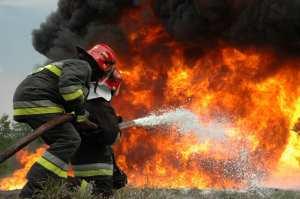 Υπό μερικό έλεγχο η φωτιά στο Μενίδι
