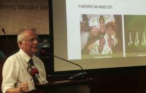 Ο Γ. Ραγκούσης ανακοίνωσε την υποψηφιότητά του με βολές κατά της ΝΔ