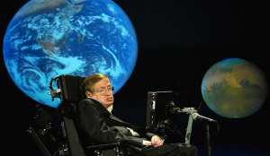Στίβεν Χοκινγκ: Γι αυτό πρέπει να φτιάξουμε άμεσα βάσεις σε Σελήνη και Άρη