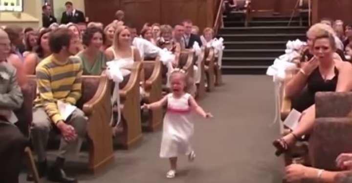 Όταν τα παρανυφάκια σε γάμο κλέβουν την παράσταση!